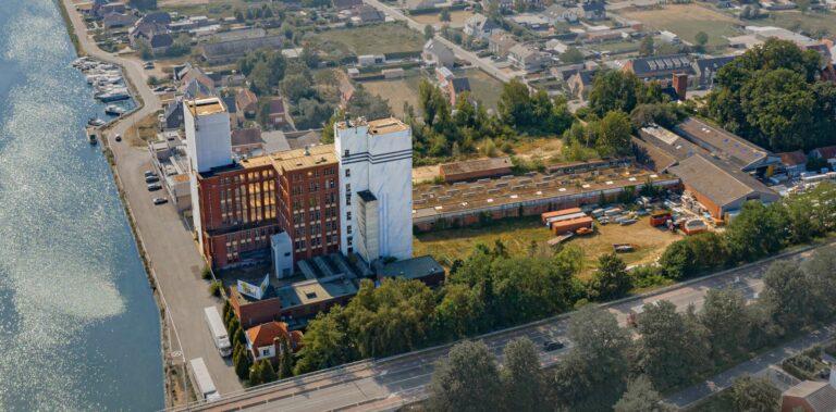 Bloemfabriek luchtfoto
