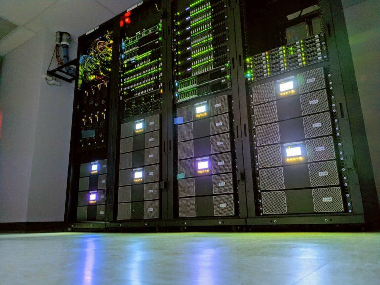 Eaton UPS Rack Servers Storage | VanRoey.be