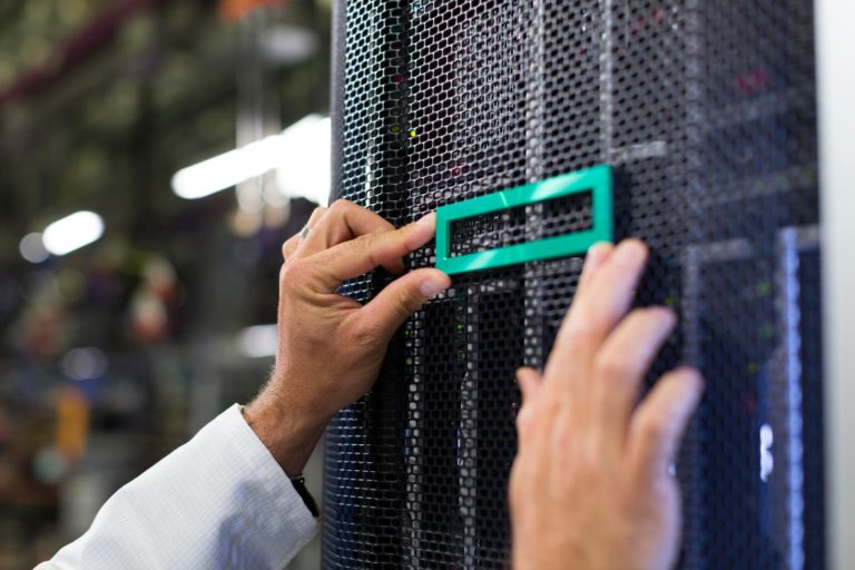 HPE Datacenter Servers Storage Racks logo | VanRoey.be
