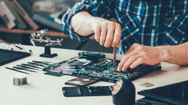 Réparation d'ordinateurs portables | VanRoey.be