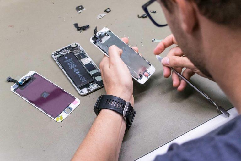 herstellen smartphone hersteldienst Lifeatvanroey